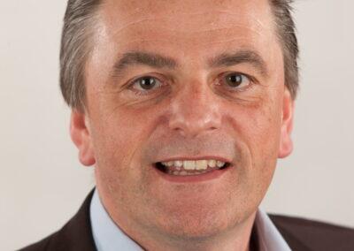 32 Dirk Janssens